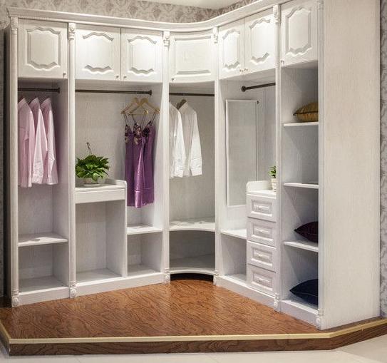 农村房屋衣柜是买好还是木工打的好