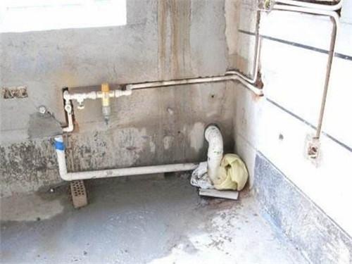 自建房下水管遇到堵塞很麻烦,告诉你几个疏通好方法!