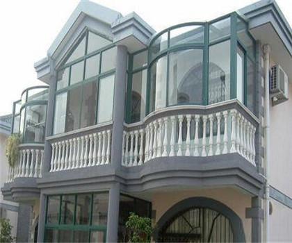 浅析农村别墅使用玻璃幕墙的三大优势