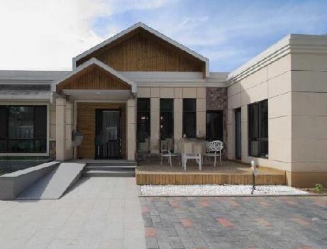 農村平房怎么設計實用又好看,現代化小院與別墅比也毫