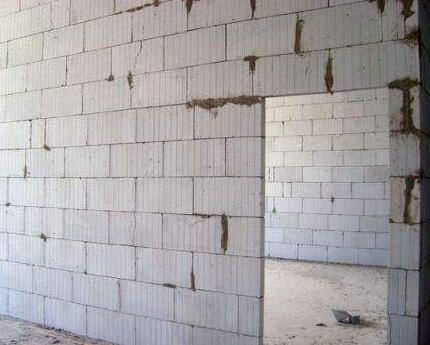 农村自建房用泡沫砖价格是多少?有什么特点?