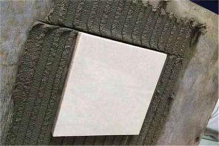 农村自建房装修时瓷砖粘结剂施工工艺详解,哪种情况使用较好?
